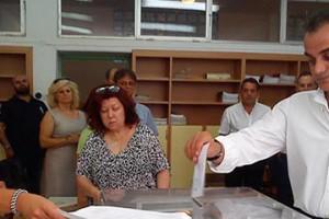 Το εκλογικό του δικαίωμα άσκησε ο Περιφερειάρχης Δυτικής Μακεδονίας Θεόδωρος Καρυπίδης