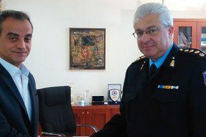 Επίσκεψη του πρώτου Διοικητή της Σχολής Πυροσβεστών Πτολεμαΐδας στον Περιφερειάρχη Δυτικής Μακεδονίας