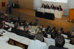 Στην πανηγυρική παρουσίαση της πρωτοβουλίας του ΤΑP για οικονομική ενίσχυση των μεταπτυχιακών ΑΕΙ-ΤΕΙ στην Καστοριά ο εμπνευστής της δράσης Περιφερειάρχης Δυτικής Μακεδονίας Θ. Καρυπίδης