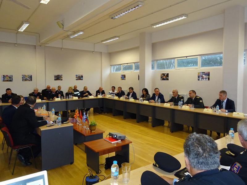 Στο ίδιο τραπέζι με κοινό σκοπό την προστασία των πολιτών των Βαλκανίων από τις φυσικές καταστροφές κάθισαν οι Αρχηγοί των Πυροσβεστικών Σωμάτων με πρωτοβουλία του Περιφερειάρχη Δυτικής Μακεδονίας