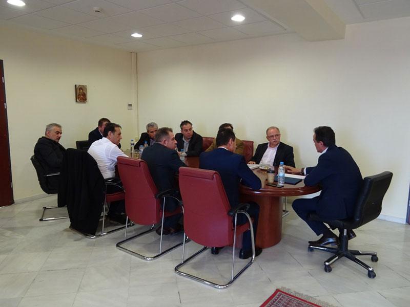Τα εύσημα από τον Αντιπρόεδρο του Ευρωκοινοβουλίου Δ. Παπαδημούλη στον Περιφερειάρχη Δυτικής Μακεδονίας Θ. Καρυπίδη για φυσικό αέριο και οδικό χάρτη μετάβασης στη μεταλιγνιτική περίοδο