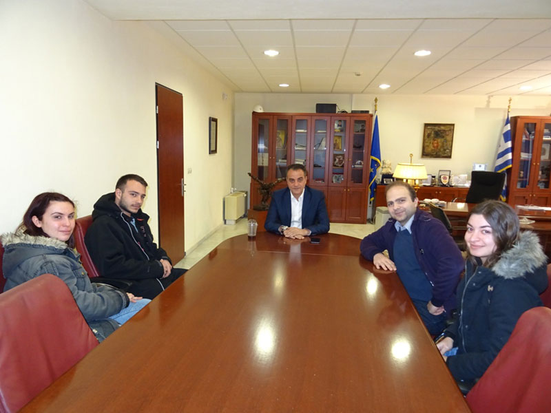 Η ομάδα ρομποτικής του Τμήματος Μηχανικών Πληροφορικής και Τηλεπικοινωνιών του Πανεπιστημίου Δυτικής Μακεδονίας επισκέφθηκε τον Περιφερειάρχη 1