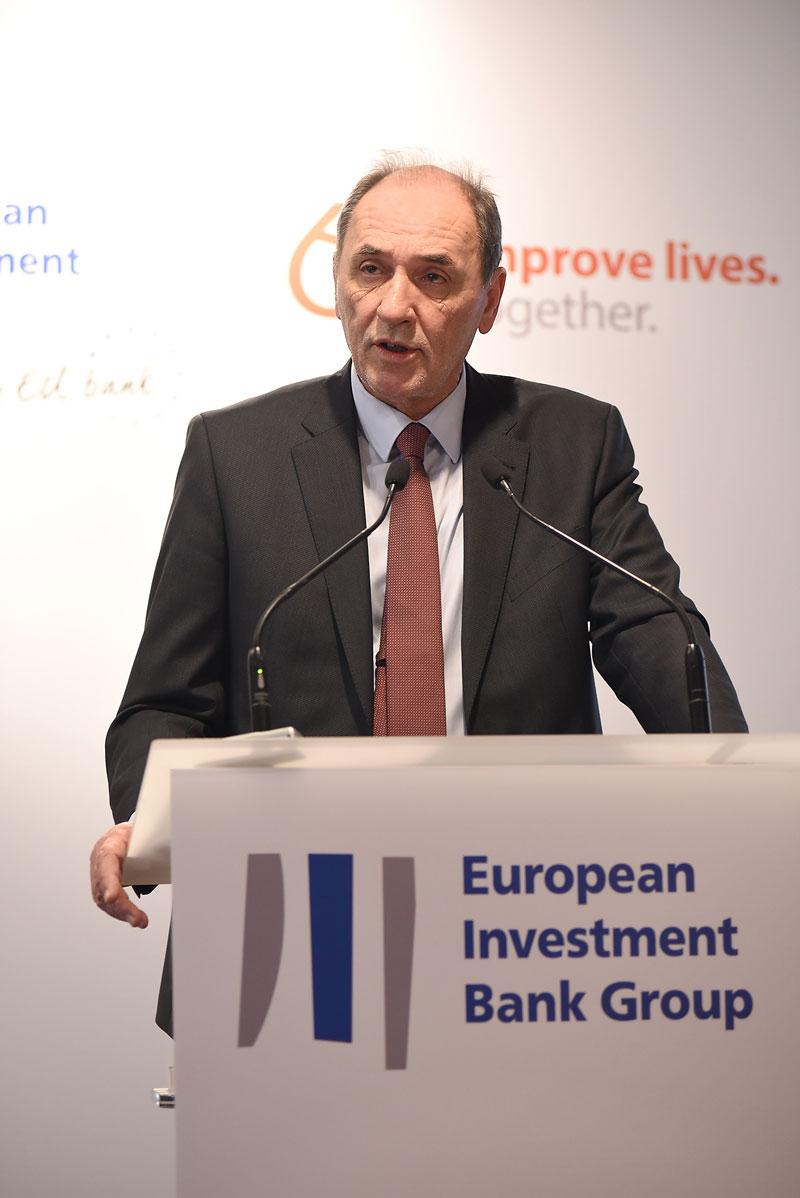 Υπογραφή δανειακής σύμβασης με ΕΤΕπ για ανάπτυξη δικτύων διανομής φυσικού αερίου 2
