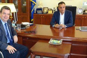 Συνάντηση στην Περιφέρεια, του Πρύτανη του ΑΠΘ με τον Περιφερειάρχη Θ. Καρυπίδη