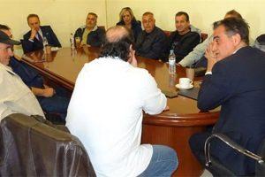 Συνάντηση με τους ανθρώπους του υπαίθριου εμπορίου στην Περιφέρεια