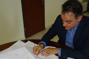 Τον αναδασμό του τμήματος Αγροκτήματος της Ποριάς Ν. Καστοριάς υπέγραψε ο Περιφερειάρχης Δυτικής Μακεδονίας Θ. Καρυπίδης