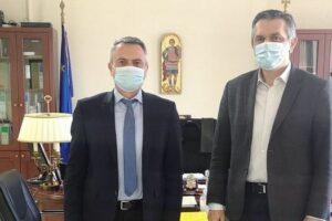 Να λειτουργήσει άμεσα το Πνευμονολογικό Τμήμα στο Μαμάτσειο Γ.Ν. Κοζάνης και το Ογκολογικό Τμήμα στο Μποδοσάκειο Γ.Ν. Πτολεμαΐδας, ζήτησε ο Περιφερειάρχης Δυτικής Μακεδονίας Γιώργος Κασαπίδης, από το Διοικητή της 3ης Υγειονομικής Περιφέρειας Ελλάδος Παναγιώτη Μπογιατζίδη