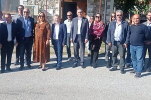 Με επιτυχία ολοκληρώθηκε το διήμερο συνέδριο του προγράμματος διασυνοριακής συνεργασίας COMPLETE στις Πρέσπες, που διοργανώθηκε από τον Ελγο Δήμητρα και την Περιφέρεια Δυτικής Μακεδονίας – αποφασίστηκε να συνεχιστεί η συνεργασία προς όφελος της κτηνοτροφίας 1