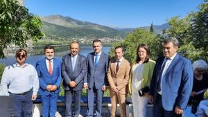Ενημέρωση για τα αναπτυξιακά χρηματοδοτικά προγράμματα από τον Περιφερειάρχη Δυτικής Μακεδονίας Γιώργο Κασαπίδη στην Καστοριά, παρουσία του Υφυπουργού Μακεδονίας Θράκης κ. Καράογλου Θεόδωρου