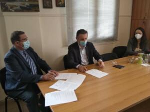 Υπογραφή Προγραμματικής Σύμβασης 2.050.000 € για την Ενεργειακή Αναβάθμιση του Γενικού Νοσοκομείου Καστοριάς παρουσία του Περιφερειάρχη Δυτικής Μακεδονίας Γιώργου Κασαπίδη 1